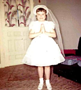 vicki-first-communion